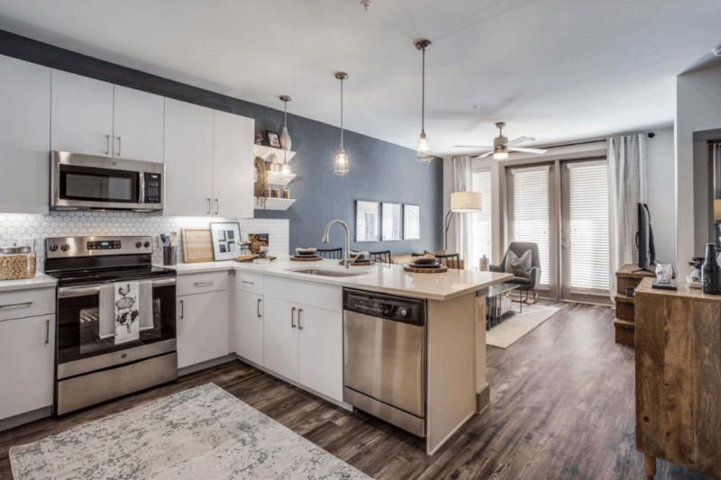 Comprar Apartamento em Moema | Vale a pena?